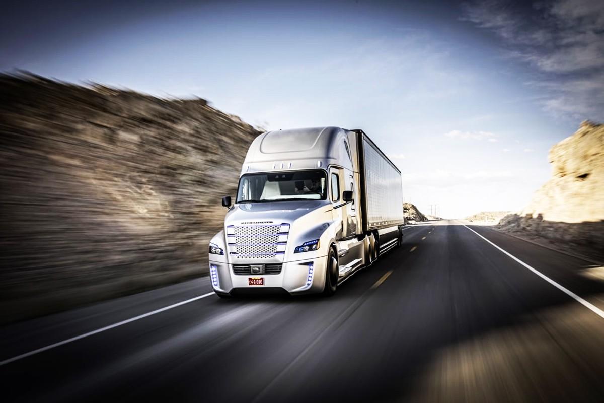 Новости Британии порадовали «беспилотными грузовиками»