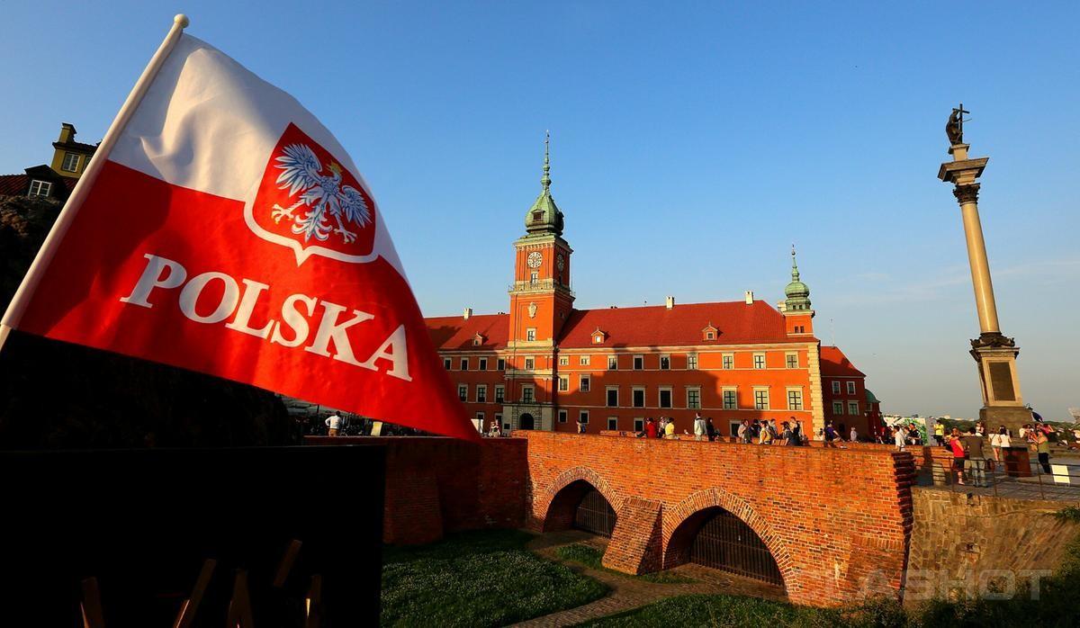 Политики зовут всех поляков вернуться обратно в Польшу
