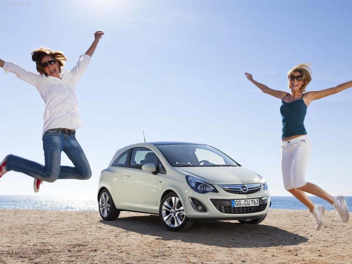 Продажи новых авто стали рекордными за последние 17 лет